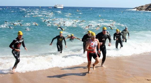 Triatl n y turismo en la triatl de tossa de mar by for Oficina de turismo tossa de mar
