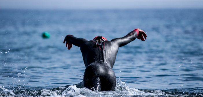 Si eres triatleta…¿por qué entrenas como un nadador?